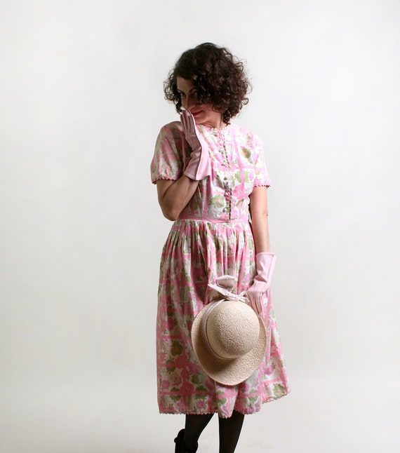 Vintage 1950s Dress - Birdcage Print Floral Cotton Day Dress - Small