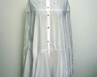 Vintage 1980's Cotton and Lace Thea Anema Altar Boy Dress  SZ M