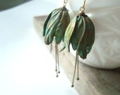 Green Tulip Flower Earrings Patina Brass Flower Jewelry Mothers Day Spring Bridesmaid Gifts For Her Weddings Dangle Earrings