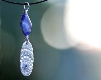 pendant, fine silver, sodalite, precious metal clay, pmc, zen