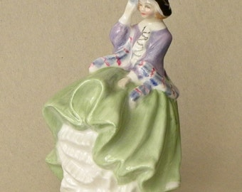 Royal Doulton Mini Figurine TOP O' The HILL HN 2827