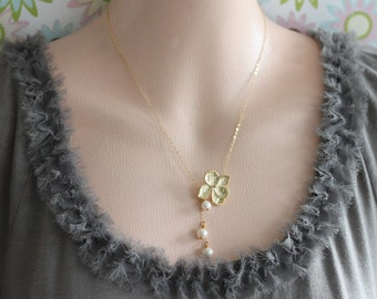 Gold Pansy Flower and Dangling White Pearls Necklace  Pearl Lariat Bridesmaid Gift Wedding Necklace