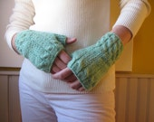 Fingerless Gloves Mint Green Knitted in Merino Blend Wool