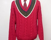 Men's Sweater / Vintage Preppy Cableknit Sweater / V-Neck / Size Medium