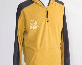 Men's Fleece Pullover / Upcycled / Screen Printed Celtic Knot / Size Medium