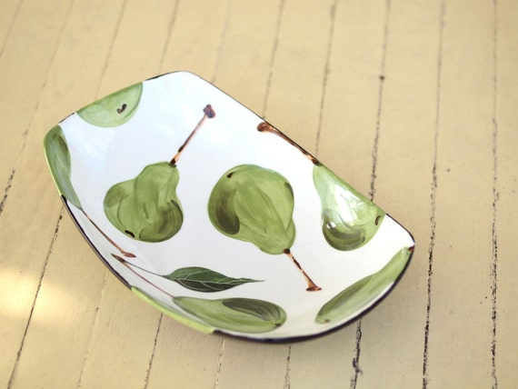 Bowl Large Serving Bowl Ceramic Bowl Pear Large Scooped Serving Bowl Green Pottery Gift for Couple Wedding Gift for Mom Gift for Bride BWP