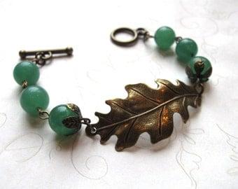 Brass oak leaf bracelet - forest green  - adventurine stone beads - woodland