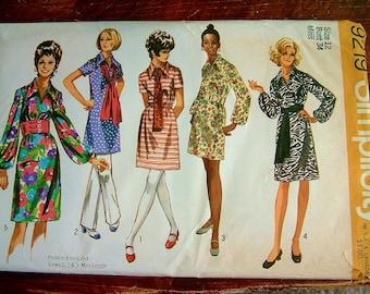 Vintage 1960's Mod Dress Pattern Vintage 1970's Mod Mid Century Womens Retro Simplicity Shirt Dress Pattern Size 12 Poof Sleeve Dress