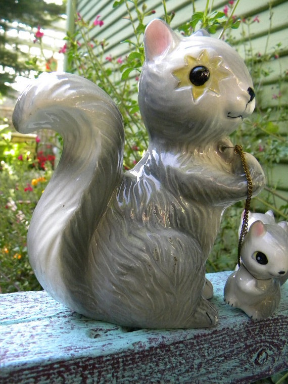 Reserved for Caitlyn-Vintage Starry Eyed Squirrel Mama with Babies