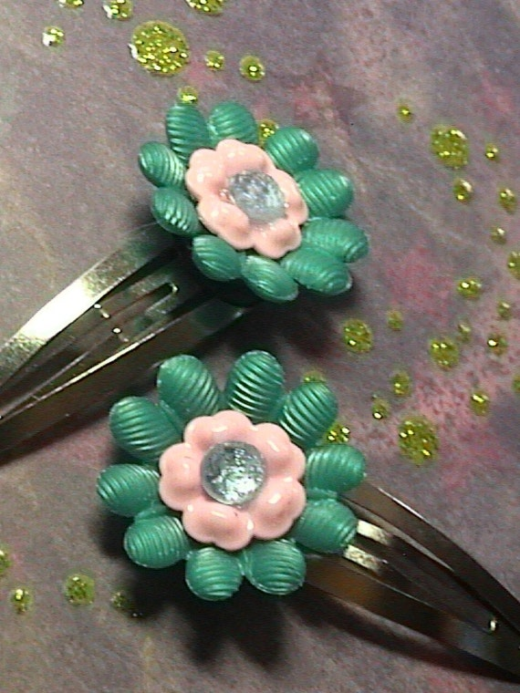 Traci- Set of two  Vintage-inspired  teal and pink lucite Retro flower  Barrettes