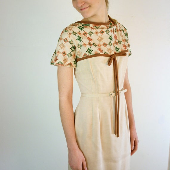 1950s Dress - Scandinavian Embroidered 50s Dress