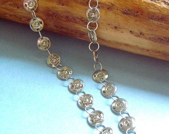 Steampunk chainmaille-like vintage snap necklace