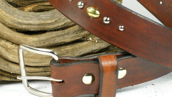 Leather belt metal medium brown belt, rivets in a line nickle and brass mixed