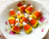8pcs - Mini Candy corn