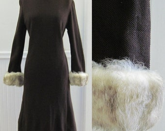 1960s Brown Wool Dress with Oversized MOD Faux Fur Cuffs - size large, lg