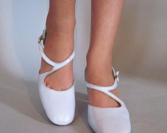 pastel kitten heels – Etsy UK