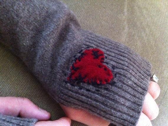 100% Upcycled Cashmere Fingerless Gloves - Mended Heart