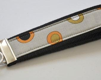 Earth Toned Modern Circled Fabric Wristlet Keychain FOB