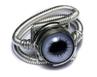 Eyeball ring, Blue taxidermy glass Eye, Silver finish, Steampunk Jewelry