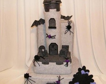 HALLOWEEN theme felt cake that you can decorate over and over again