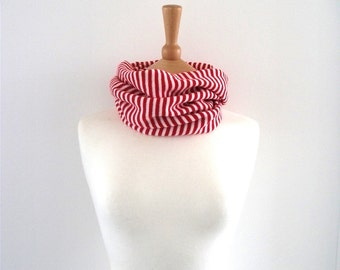 Knitted Candy Stripe Cowl - Red, Blue, White - Cosy