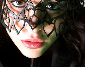SALE! Hearts leather mask in black