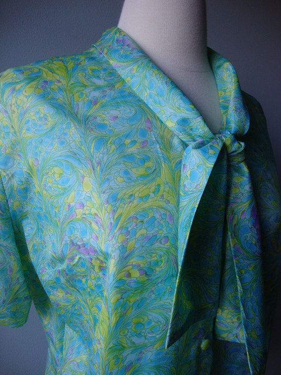 1960s blouse //  Marbled Tie Collar blouse