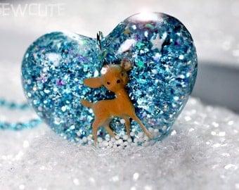 holiday jewelry, deer necklace, winter accessories, glitter winter wonderland, deer pendant, frozen snow heart handmade by isewcute
