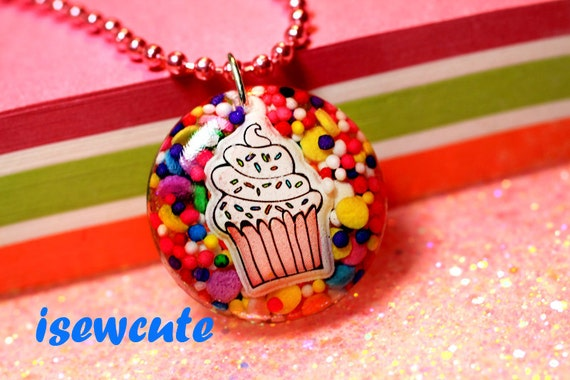 Jewelry, Pendant necklace, cupcake with sprinkles, cute colorful rainbow resin jewelry for girls handcrafted by isewcute