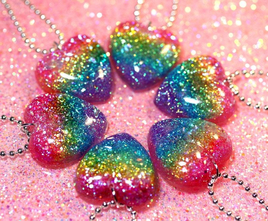 Bold Electcric Arc En Ciel Rainbow Glitter Heart Necklace In