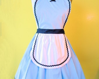ALICE in WONDERLAND apron, Alice apron, Alice costume, dress up , blue and white, tea party apron, bridal shower gift, full apron, cosplay