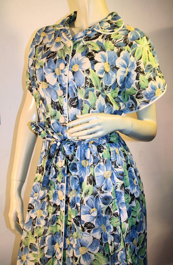 1940s Vintage Floral Day Dress Fashion Frock Blue Green Cotton WW II M