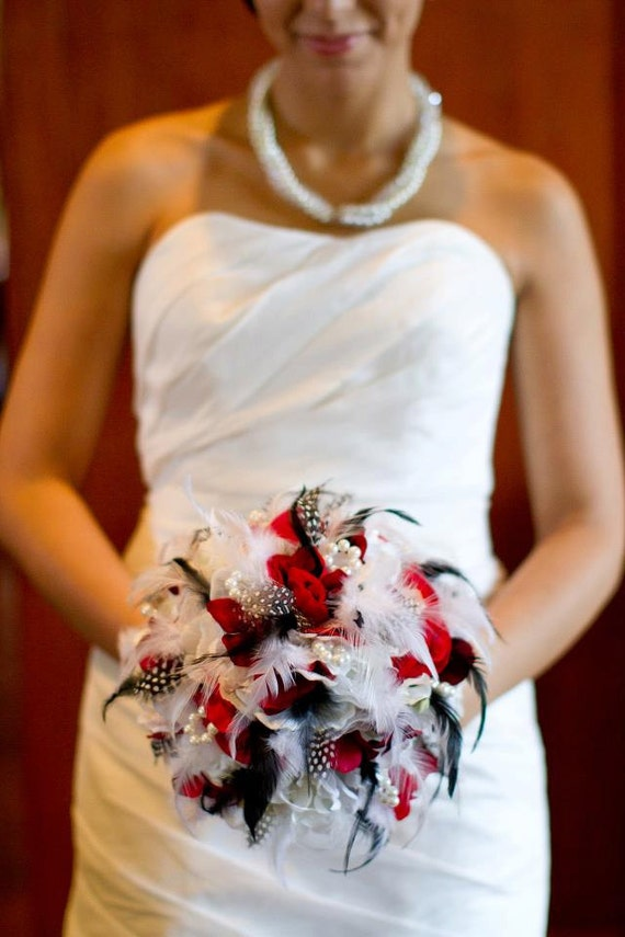 MODERN BRIDE Wedding Bouquet  With Pearl Accents