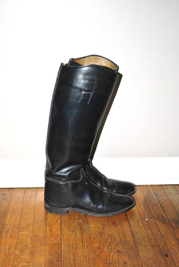 70s riding boots // black leather knee high // vintage 1970s boots