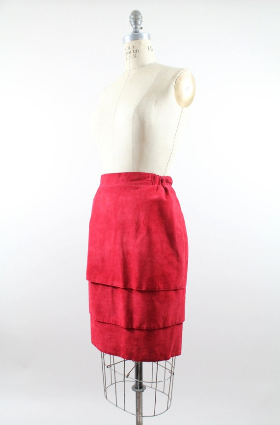 SALE . . . . 90s leather skirt / vintage lipstick red nubuck skirt / red leather skirt / s-m