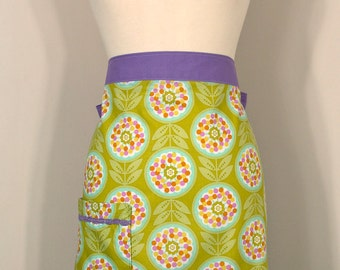 SALE Olive- Retro Flower Half Apron
