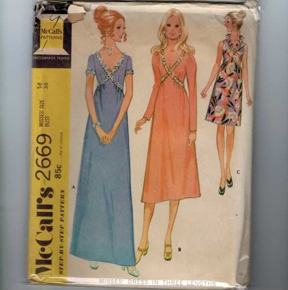 1970s Vintage Sewing Pattern McCalls 2669 Misses Crossover Bodice Evening Gown Cocktail Dress Size 14 Bust 36 1970 70s