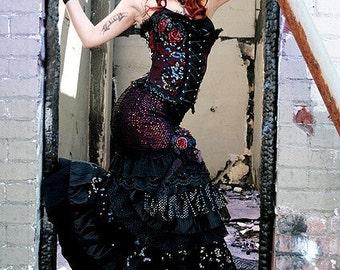 Ruffle Skirt, Your SIZE and COLOR, Cabaret, Bellydance, Dark Fusion, Vaudeville, Steampunk, Vampire, Noir, Gothic, Circus, Dance