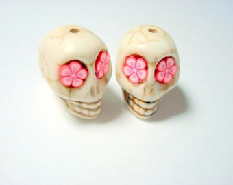 Red and Pink Flower Eyes in Ivory Howlite 18mm Sugar Skull Beads