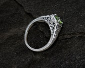 Sterling Peridot Ring: Sterling Silver and Genuine Peridot - light green, round, gemstone, vintage ring, antique ring, filigree, August