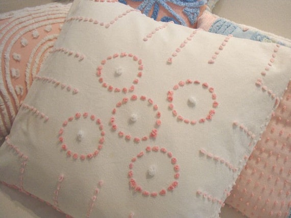 Shabby Chic Chenille Pillows : Vintage Chenille Pillow/ CoTTaGe SHaBBy CHiC by Sassycatcreations