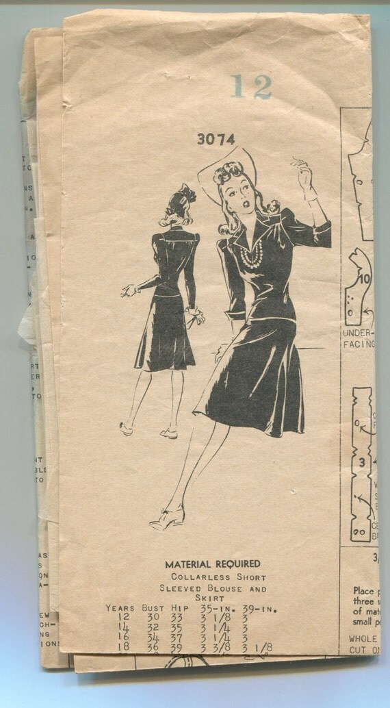 """Vintage Sewing Pattern 1940's Blouse and Skirt Mail Order 3074  in 30"""" Bust"""