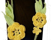 Yellow Roses Irish Crochet Necklace