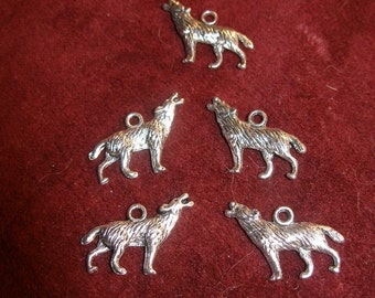 Wolf charms pendants  Silver(15), dark gold,(15) copper(12)  Game of Thrones Harry Potter Lycanthropy TeamESST EnglishGeeks paganteam