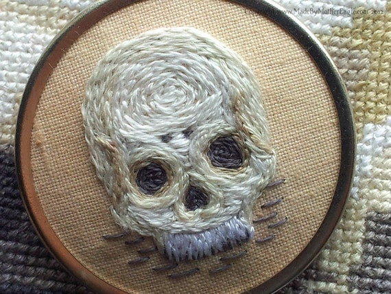 SKULL Brooch, Miniature Hand-Embroidery. FREE SHIPPING