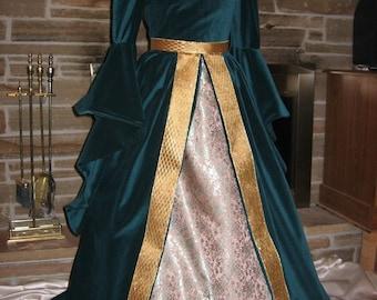 Custom made Renaissance Celtic Boleyn Tudor Boned Velvet gown dress