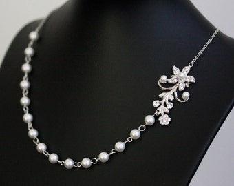 White Pearl Bridal Necklace Vintage Rhinestone Flower Simple Wedding Necklace  Wedding Jewelry Violet