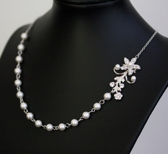White Pearl Bridal Necklace Vintage Rhinestone Flower Simple