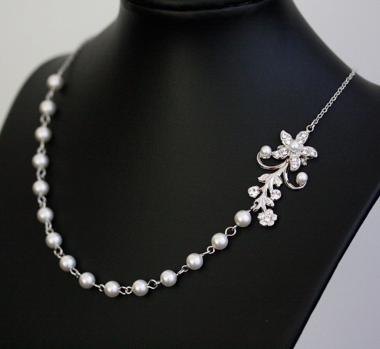 Vine Necklace White Pearl Bridal Necklace Vintage Rhinestone