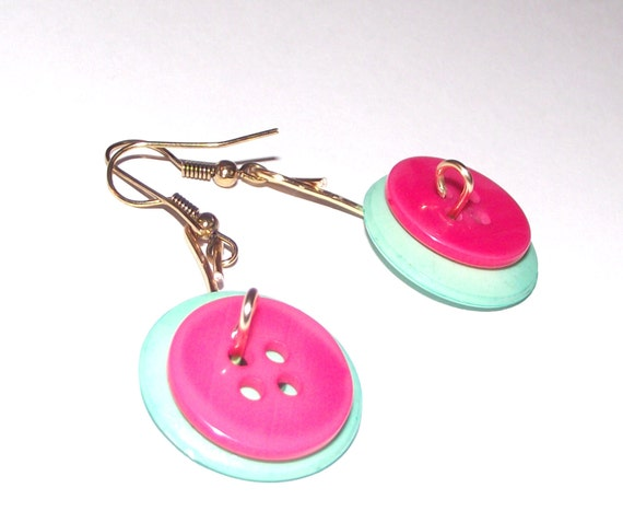 Button earrings pink and mint